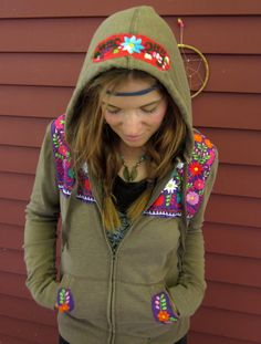 One of a kind Mexican Embroidered Hippie Bohemian Upcycled Brown and… Hippie Bohemian, Bohemian Style, Boho Chic, Boho Fashion, Spring Fashion, Witchy Outfit, Brown Hoodie, Street Chic, Hooded Sweatshirts