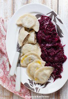 Pierogi filled with duck meat Polish Recipes, Polish Food, Ukrainian Recipes, Dumplings, Poultry, Pierogi, Cake Recipes, Steak, Pancakes