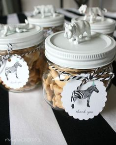Having a safari party and looking for some fun and great ideas for the kids to take home as party favors? We have gathered up some of the best safari party favor ideas. Diy Birthday Party Favors, Spongebob Birthday Party, Safari Birthday Party, Baby Shower Party Favors, Animal Birthday, 3rd Birthday Parties, Birthday Party Decorations, Baby Shower Parties, Safari Party Favors