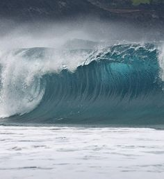 big waves represent yang water