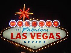 """Desde 10Restaurantes, con este post, os proponemos una serie de actividades que, como complemento a la típica cena y copas, harán que sea una despedida divertida, sin los problemas derivados de cualquier cosa parecida a """"Resacón en las Vegas""""."""