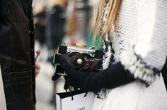 Chanel Lego Clutch - The Handbag Concept Anna Dello Russo, Couture Details, Fashion Details, Love Fashion, Womens Fashion, Chanel Logo, Chanel Clutch, Chanel Handbags, Street Chic