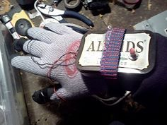 What are some of the best electronics projects using an Altoids tin as a case? - Quora