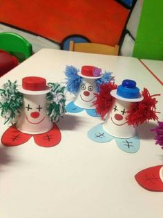 Clown craft--cute craft using some left over materials--Might be a great craft for clowns, circus ideas, could use the elephant book--The Great Elephant Escape Kids Crafts, K Cup Crafts, Clown Crafts, Circus Crafts, Carnival Crafts, Paper Plate Crafts, Summer Crafts, Cute Crafts, Preschool Crafts