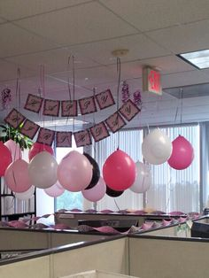 Birthday Decoration Ideas for Office Cubicles Elegant Fice Birthday Decoration t. Birthday Decoration Ideas for Office Cubicles Elegant Fice Birthday Decoration theme Fice Birthday Cubicle Birthday Decorations, Office Party Decorations, Office Christmas Decorations, Desk Decorations, Office Themed Party, Office Holiday Party, Office Parties, Office Fun, Pink Office Decor