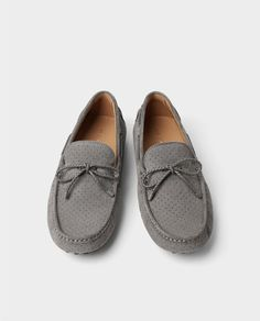 Image 1 of GREY DIE-CUT LEATHER MOCCASINS from Zara