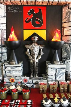 The 23 most magical knights and dragons party ideas in all the land have been collected Read on for inspiration on making party supplies and decorations, a knight party tunic, jousting Dragon Birthday Parties, Birthday Party Desserts, Dragon Party, Boy Birthday, Castle Party, Medieval Party, Knight Party, Deco Table, Princess Party