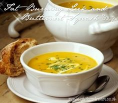 Welcome to my super tasty fat burning leek & butternut squash soup. One of the soup recipes that I always remember growing up was leek and potato soup. Veggie Recipes, Soup Recipes, Cooking Recipes, Healthy Recipes, Fat Burning Soup, Fat Burning Foods, Chutneys, Weight Loss Soup, Baked Squash