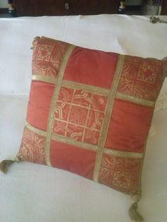 Cuscino in seta patchwork veneziano. di LaTribuDellArte su Etsy