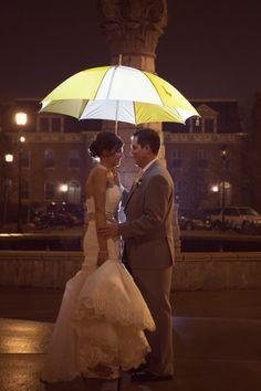 Wedding in the Rain/St. Louis Wedding Photography  www.beautifulmessphoto.com