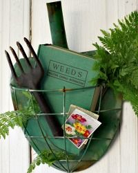 Farm House Metal Shovel Wall Planter