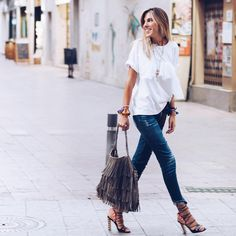 Fashion Consultant carla@carlahinojosar.com carlahinojosar
