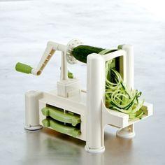 Make spagetti from squash? Crasy rawfood machine
