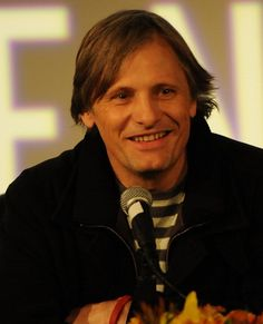 Viggo Mortenson | 46 People You Probably Didn't Realize Have Butt Chins
