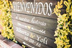 Diseño original cartel de madera reciclada