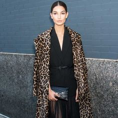 Lily Aldridge Proves That Green Eyeliner Is Totally Wearable