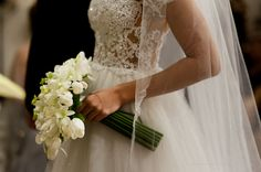 www.fernandojazevedo.com.br Most Beautiful Wedding Dresses, Princess Wedding Dresses, Marry Me, Wedding Planner, Wedding Flowers, Dream Wedding, Bride, Lace, Pretty