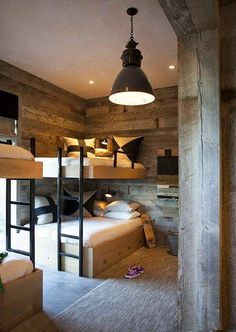 Loft bed in the nursery 100 cool bunk beds for kids Jugendzimmer für Teenager Bunk Beds Built In, Modern Bunk Beds, Cool Bunk Beds, Kids Bunk Beds, Loft Beds, Full Size Bunk Beds, Queen Bunk Beds, Double Bunk Beds, Decoracion Vintage Chic