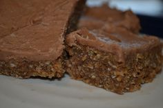No bake weet-bix slice. Not sure about the icing I would prefer a darker smoother one but the base looks good.