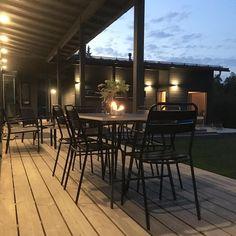 Toukokuussa ei aivan joka vuosi  #keli #kesäilta #terrace #myhome #scandinavianhome #diytable #terassi Outdoor Furniture, Outdoor Decor, Diy Ideas, Dining Table, Patio, Home Decor, Decoration Home, Room Decor, Dinner Table