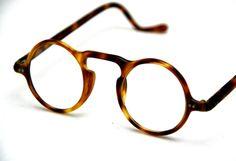 Mens Glasses Frames, Eyeglass Frames For Men, Round Eyeglasses, Fashion Beauty, Mens Fashion, Sunglass Frames, Minimalist Jewelry, Specs, Eyewear
