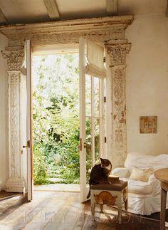 love the doorway...