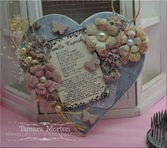 Beautiful handmade wooden heart plaque.With the recipe for baking Vanilla Cupcakes,. Ideal for that baking mad person or just as a special gift,
