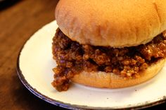 Despite the name of this iconic retro dish, the secret to a great sloppy joe is a thick, rich, almost dry consistency, which allows the sandwich to be eaten with your hands. Serve on hamburger buns. Homemade Sloppy Joes, Sloppy Joes Recipe, Meat Recipes, Cooking Recipes, Sandwich Recipes, Recipies, Dinner Recipes, Good Food, Yummy Food
