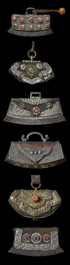 Collection of 19th century Himalayan Purses (Baghu) and Tinder Pouches from Tibet | © Michael Backman Ltd
