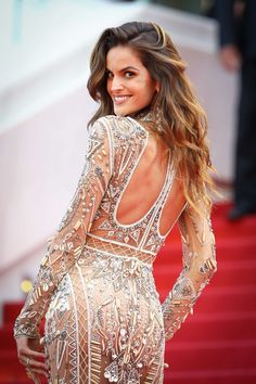 Izabel Goulart: The Beguiled Premiere at Cannes Film Festival Izabel Goulart, Festival Looks, Alessandra Ambrosio, Elegant Woman, Sports Illustrated, Festa Party, Brazilian Models, Gala Dresses, Celebrity Red Carpet