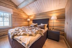 Winter House, Real Estate, Bed, Interior, Furniture, Cabins, Home Decor, Inspiration, Patio