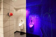 addicted to rock//Vienna//shop design//bar//restaurant//toilet//crazy//black light//surprise Lokal, Restaurant Bar, Vienna, Toilet, Addiction, Neon Signs, Rock, Store, Design