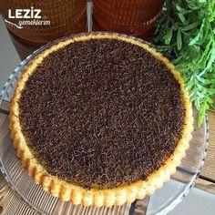 Eti Cin Pasta Tarifi - Leziz Yemeklerim - the most delicious - Easy Cake Recipes, Pie Recipes, Pasta Recipes, Cooking Recipes, Köstliche Desserts, Delicious Desserts, Yummy Food, Gin, Chess Cake