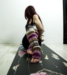 "YoWhee Yogamatte ""catch your dream"" design by littleyogabunny Yoga, Leg Warmers, Dreaming Of You, Design, Fashion, Leg Warmers Outfit, Moda, Fashion Styles"