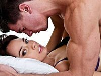 10 Sexy Drinking Games to Play with Your Partner | Relationships | iDiva Mobile