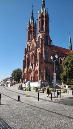 Cathedral Basilica, Poland, Poppies, Mansions, House Styles, Places, Travel, Viajes, Villas