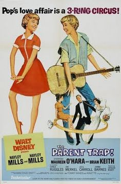 "The Parent Trap, 1961 starring Haley Mills. She was my favorite actress when I was a young girl & ""The Parent Trap"" was my favorite of all her movies. Old Movies, Vintage Movies, Great Movies, 1960s Movies, Teen Movies, Comedy Movies, Drama Movies, Vintage Art, Walt Disney"