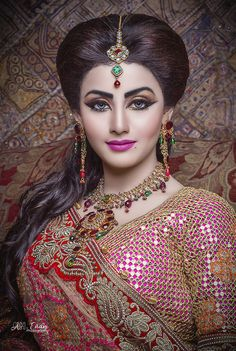Bridal makeup courses and hairstyling courses. Learn Basic & Advanced Make Up, B. by Beauty Academy Bengali Bridal Makeup, Bridal Eye Makeup, Indian Bridal Fashion, Indian Wedding Jewelry, Bride Makeup, Bridal Mehndi, Wedding Makeup, Beautiful Girl Indian, Most Beautiful Indian Actress