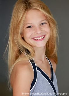 Avery just completed filming a combination Burger King Commercial / Gulliver's Travels movie promo. Model Headshots, Headshot Poses, Photographer Headshots, Headshot Photography, Portrait Photographers, Headshot Ideas, Photography Tutorials, Beauty Photography, Senior Portraits