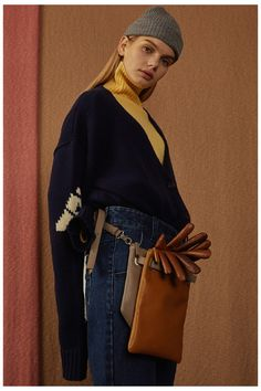 A street style brand that's perfectly contemporary and cool, Korean fashion label Ader Error delivers urban looks with clever and quirky details. Fall Winter 2016, Ader Error, How To Influence People, Pakistani Dresses, Brave, Branding Design, Women Wear, Feminine, Collection