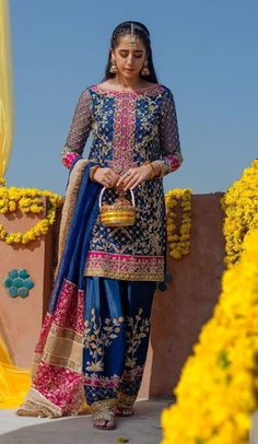 DESIGNER Light Party Wear And Formal Wear at Retail and whole sale prices at Pakistan's Biggest Replica Online Store Shadi Dresses, Pakistani Formal Dresses, Pakistani Wedding Outfits, Pakistani Wedding Dresses, Pakistani Dress Design, Bridal Outfits, Eid Outfits, Indian Dresses, Desi Wedding Dresses