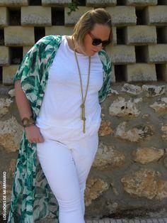 portada-los-looks-de-mi-armario-tunica-verde-jeans-blancos-pantalones-blancos-violeta-by-mango-talla-grande-curvy-outfit-look-verano-verde-tunica-verde-h&m-los-looks-de-mi-armario-look-blanco-jeans-blancos-plus-size