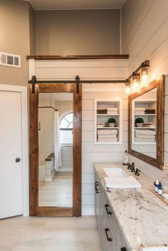55 Beautiful Urban Farmhouse Master Bathroom Makeover - Page 43 of 59 Rustic Master Bathroom, Modern Farmhouse Bathroom, Urban Farmhouse, Farmhouse Style, Rustic Farmhouse, Farmhouse Ideas, Rustic Style, Master Bathroom Designs, Classic Bathroom