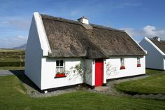 Renvyle Thatched Cottages are nine traditional Irish Cottages situated in Tullycross village, in Co. Galway. These self-catering holiday homes are pet friendly! http://www.irishcottageholidays.com/accommodation-detail/en/cottage-20/Renvyle_Thatched_Cottages