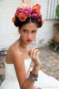 "Beautiful ""Frieda"" Inspired Fresh Floral Headpiece: Fuchsia Ranunculus, Orange Roses, Orange Ranunculus~~~~"