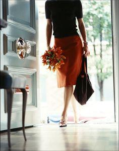 Effortless elegance, like how the flowers echo the skirt colour.