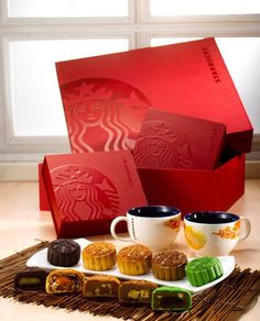 5 new delightful Starbucks Mooncakes in Chewy Nutty Cranberry, Green Tea Azuki, Apricot Hazelnut Latte, Signature Banana Chocolate and Exclusive Durian Starbucks Crafts, Chinese Moon Cake, Chinese Christmas, Cake Festival, Chinese New Year Design, Gift Box Design, Cake Packaging, Fall Cakes, Chocolate Packaging