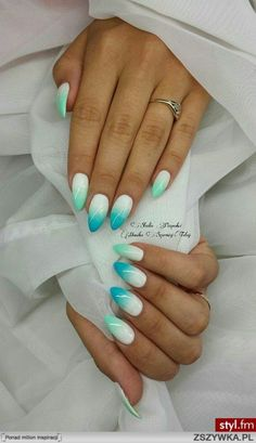 Most Beautiful & Trendy & Popular Nails Photos on 2016 . The adorableness attach babe is aloof in a adorableness attach . All for appearance design now present you the best beautiful, amazing and abracadabra nails . Blue Ombre Nails, Green Nails, Stiletto Nails, Glitter Nails, Hair And Nails, My Nails, Nail Art Designs, Nail Design, Nail Photos