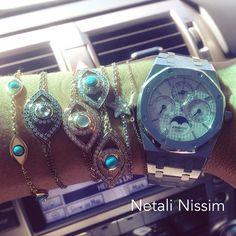 Brilliant eye-bracelets