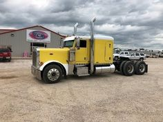 2005 Peterbilt 379 Conventional W/ Sleeper Peterbilt 379, Heavy Duty Trucks, Sale Promotion, Semi Trucks, Truck Parts, Tractors, Canada, Usa, American